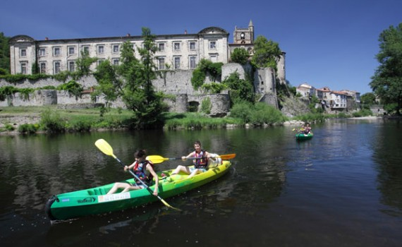 Canoeing on the Allier