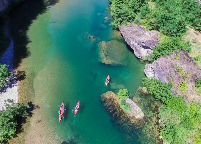 Les gorges du Tarn en canoe vu d'en haut