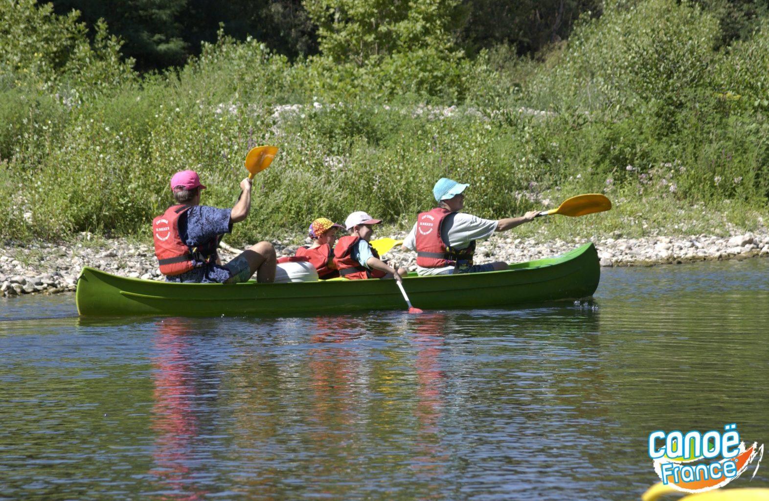 Kayak et canoë dans le Gard sur la Cèze