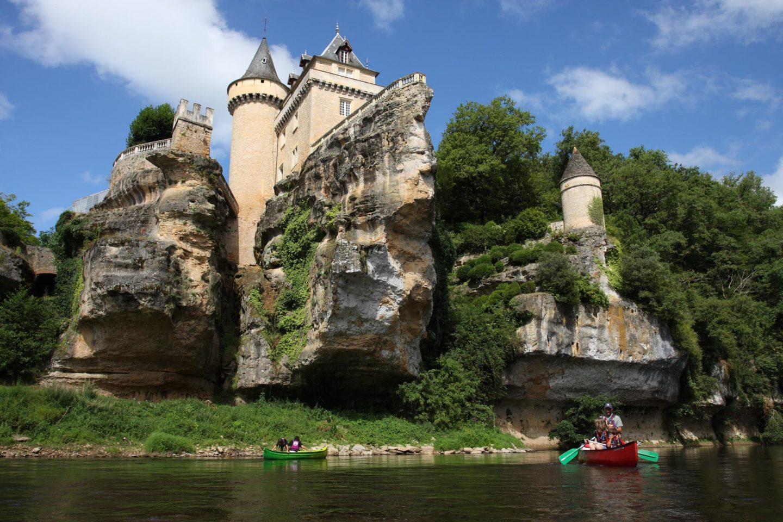Chateau de Belcayre sur la Vezere