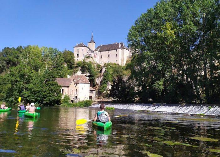 Chateau sur la Vienne en kayak