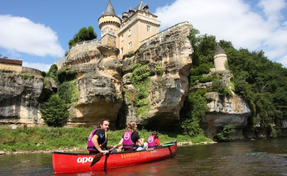 The Vezere kayak or canoe